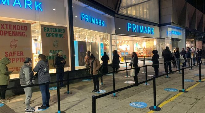 Covid-19: Shoppers return to stores under England's new tier system
