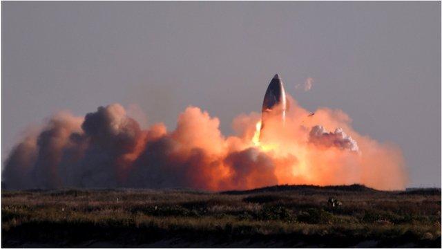 Elon Musk's Starship prototype makes a big impact