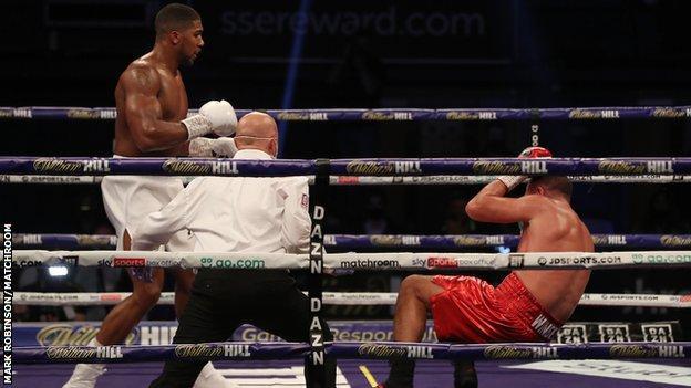 Anthony Joshua knocks out Kubrat Pulev to raise hope of Tyson Fury bout