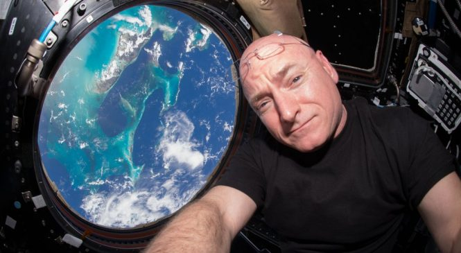 Astronaut Scott Kelly: How to survive a year in space