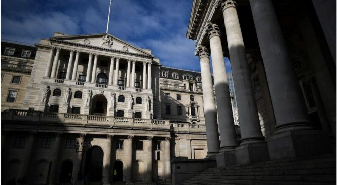 Bank of England criticised for financing carbon-intensive firms