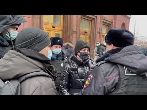 US and UK condemn 'harsh tactics' against Navalny protesters