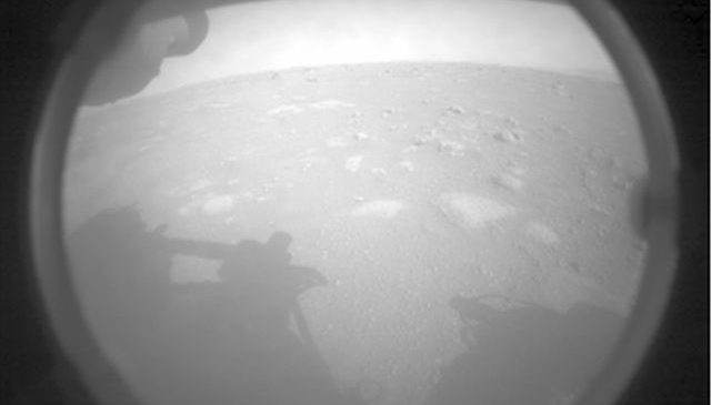 Nasa's Perseverance rover lands on Mars