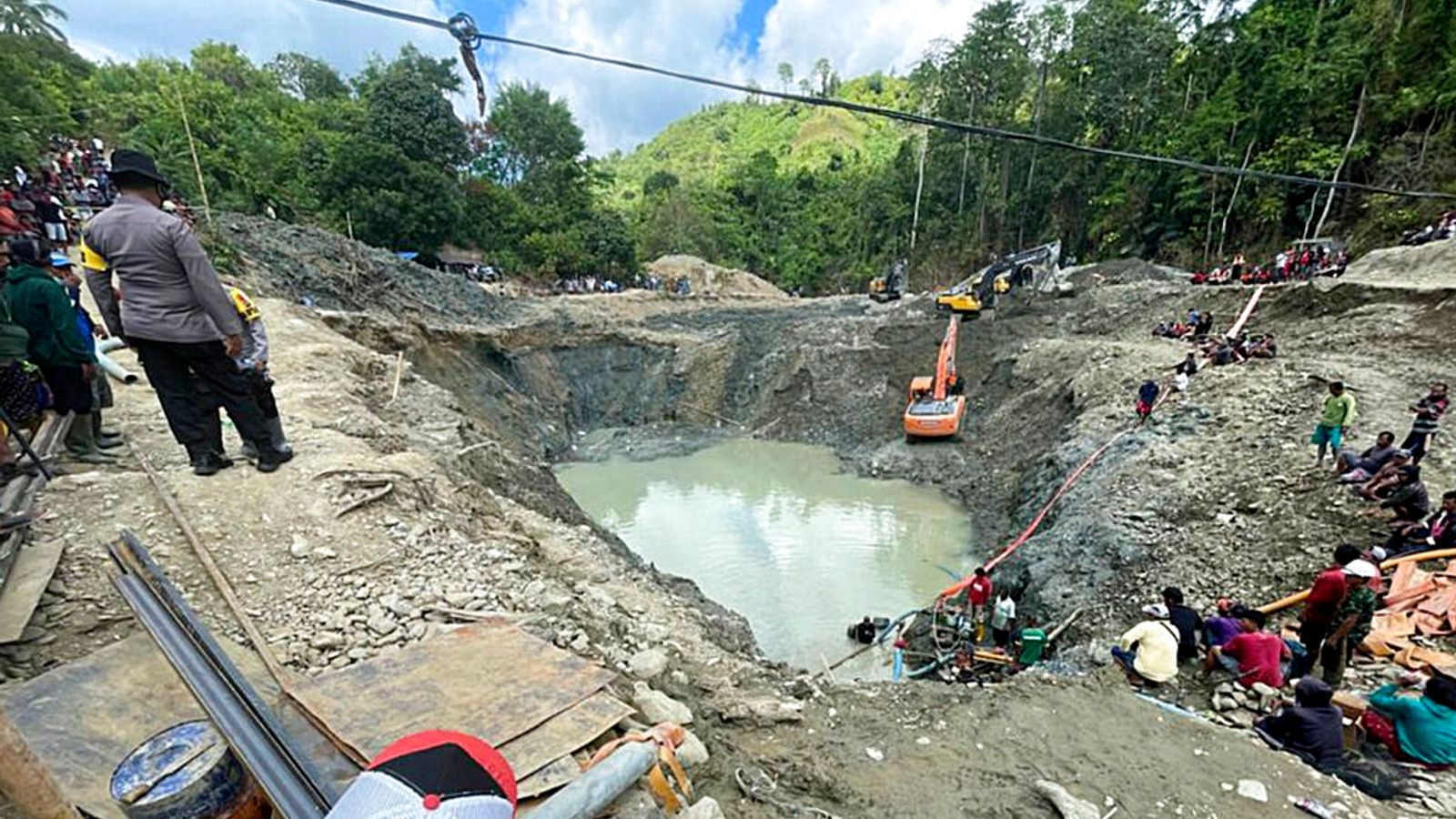 Six killed and one missing after illegal gold mine in Indonesia collapses