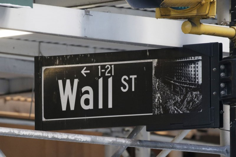 Dow drops 308 points as travel, retail stocks fall