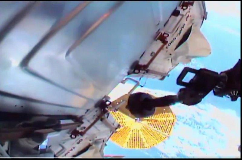 NASA astronauts complete spacewalk