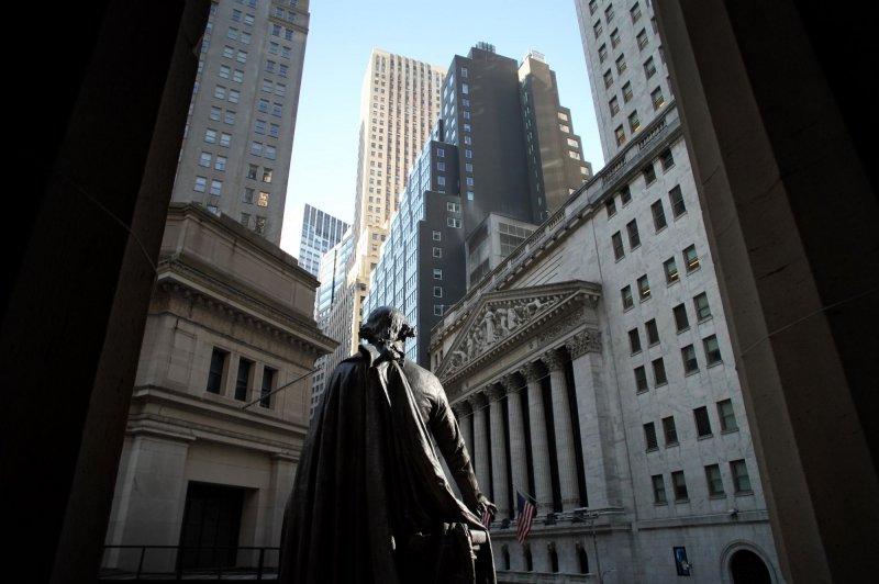 Nasdaq drops 2% as U.S. markets fall broadly behind tech decline