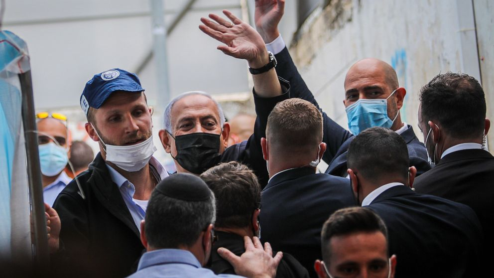 Exit polls indicate no clear winner in Israeli elections