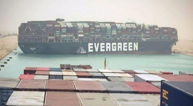 Efforts resume to free megaship blocking Suez Canal as shipping jams force boats to consider turning around