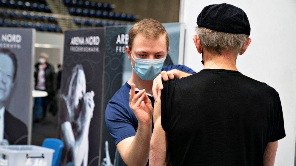 Danes vaccinate 100,000 people in a day to test system