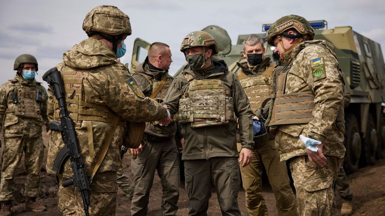 Ukrainian president visits eastern frontline as tensions rise with Russia